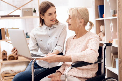 Quick Guide: Safety Tips for Seniors Online
